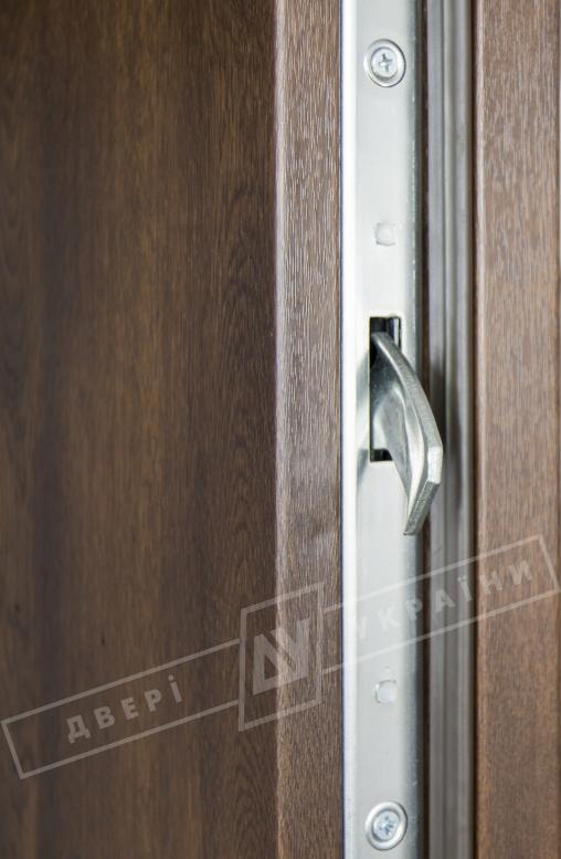 """Двери входные уличные серии """"GRAND HOUSE 73 mm"""" / модель ФЛЕШ / цвет: Тёмный орех / Ручка-скоба [2 стороны]"""