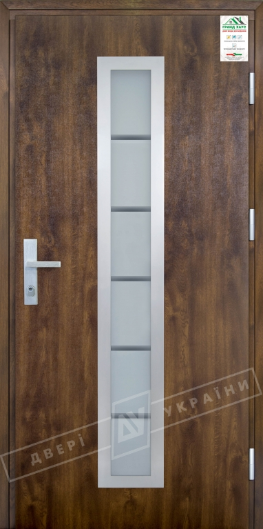 """Двери входные уличные серии """"GRAND HOUSE 73 mm"""" / Модель №1 / цвет: Тёмный орех / Защитная ручка на планке"""