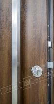 """Двери входные уличные серии """"GRAND HOUSE 73 mm"""" / модель ФЛЕШ / цвет: Тёмный орех / Ручка - скоба"""