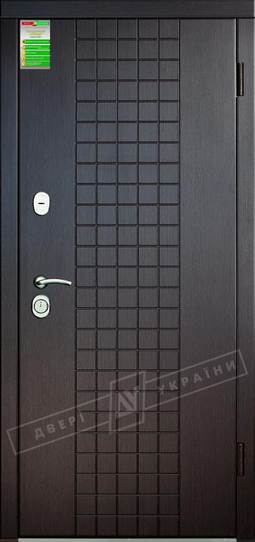 """Двері вхідні внутрішні""""Білоруський стандарт 2/1""""2040*880мм,""""Шоколад"""" венге южне МВР1998-10,праві"""