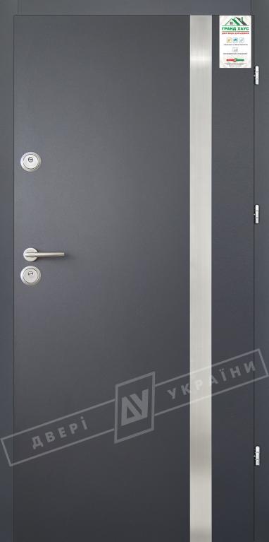 """Двери входные уличные серии """"GRAND HOUSE 56 mm"""" / Модель №7 / цвет: Графит металлик муар"""