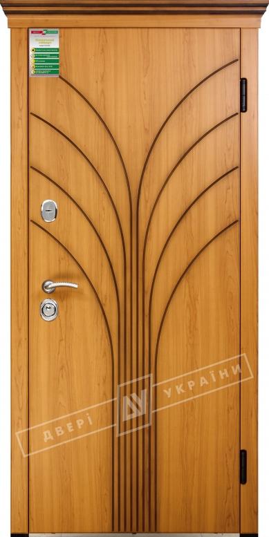 Двери входные серии БС / Комплектация №1 [RICCARDI] / ФЛОРА / Вишня сакура светлая МВР 207 + ПАТИНА