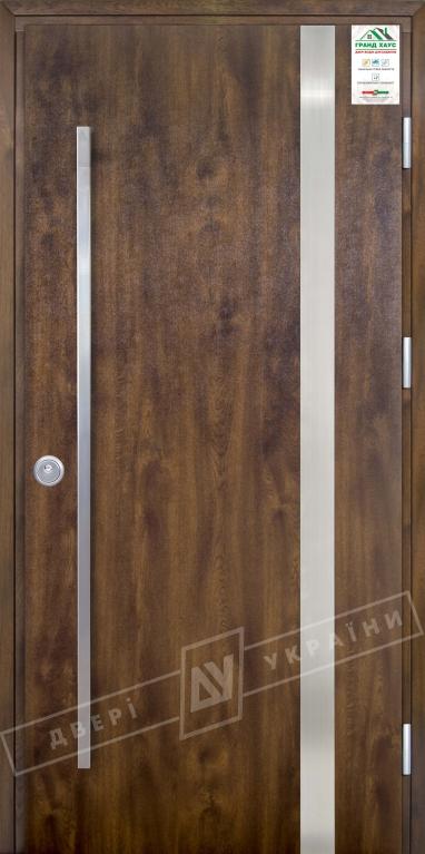 """Двери входные уличные серии """"GRAND HOUSE 73 mm"""" / Модель №7 / цвет: Тёмный орех / Ручка - скоба [2 стороны]"""