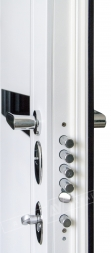 """Двери входные серии """"ИНТЕР"""" модель ЭЛИС чёрное стекло / Моттура / Чёрный софттач RB5013UD-B10-0,35 / Белый супермат WHITE_02"""