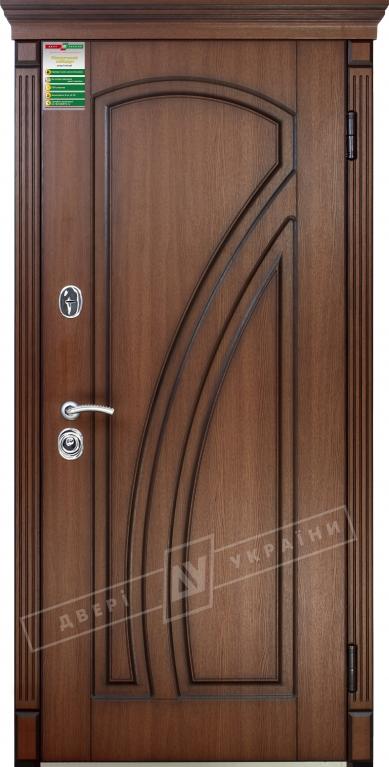 Двері вхідні внутрішніБілоруський стандарт212040*880мм,Кліо Горіх Гварнері VTF 5013.+П,праві