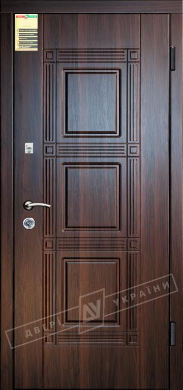 Двері вхідні внутрішні Сіті 11 2050*860мм, модель Троя горіх темний 68Т, праві.